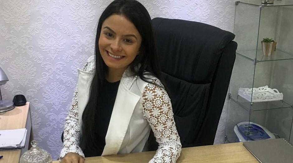 Aline Vasconcelos só abriu sua clínica depois do sucesso do seu Instagram (Foto: Divulgação)