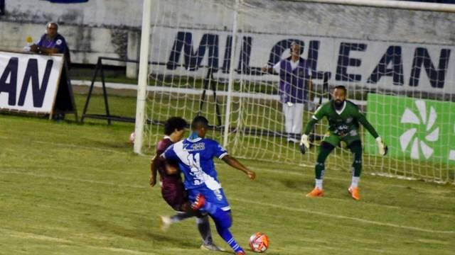 Taubaté e Sertãozinho duelaram no Joaquinzão