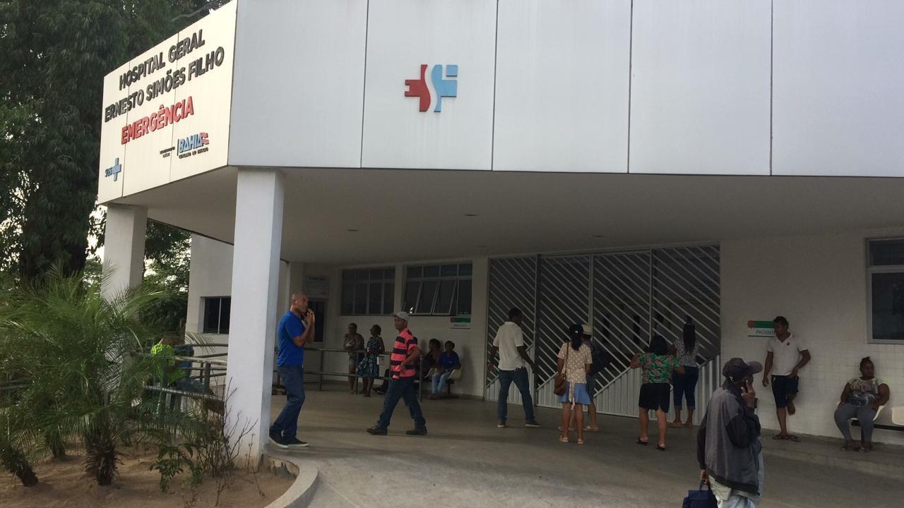 Idosa internada há quase um mês em UPA na Bahia é transferida para hospital: 'O melhor presente que ganhei', diz filha