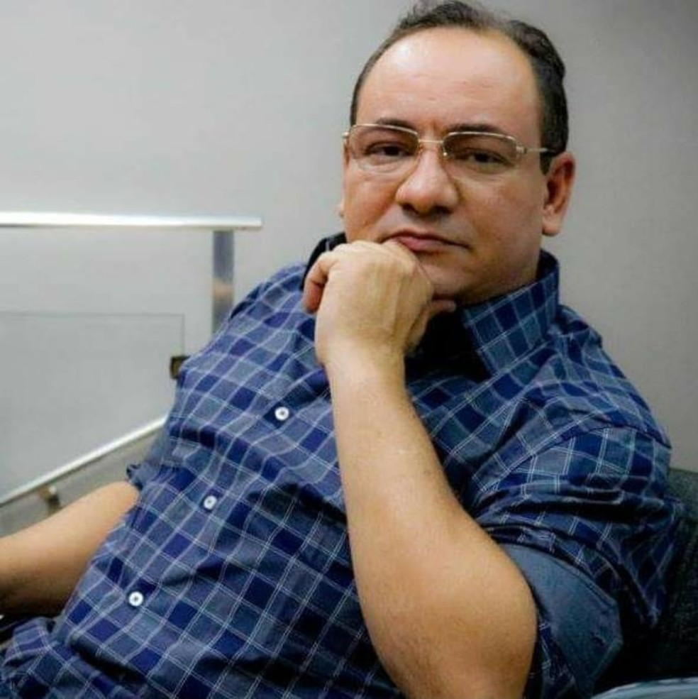 O jornalista e empresário José Marcondes, o Muvuca, de 46 anos, morreu na noite desta segunda-feira (28) em Tangará da Serra — Foto: Facebook