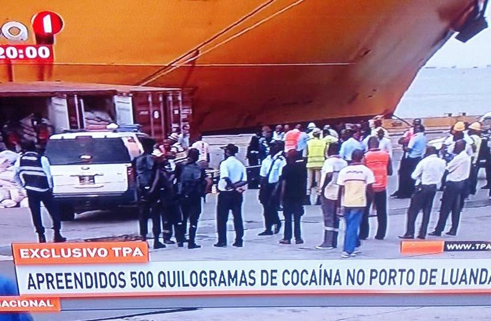Navio Grande Buenos Aires embarcou contêineres no Marrocos (Foto: Reprodução/TPA)