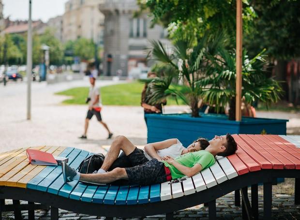 O parque também é perfeito para aproveitar uma tarde de sol ao ar livre (Foto: Hello Wood/Reprodução)