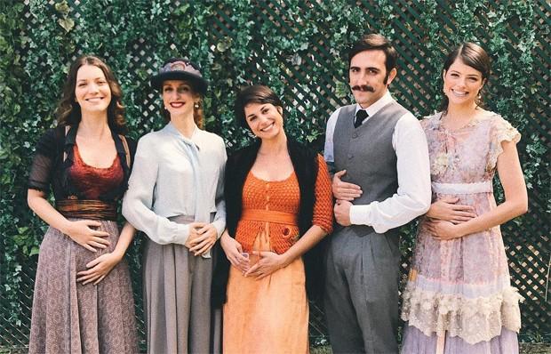 Nathalia Dill, Laila Zaid, Chandelly Braz, Pedro Henrique Müller e Agatha Moreira (Foto: Reprodução/Instagram)