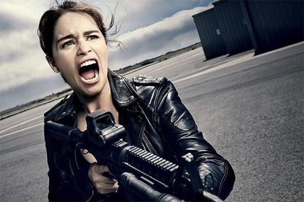 Emilia Clarke como Sarah Connor em O Exterminador do Futuro: Gênesis (Foto: Divulgação)