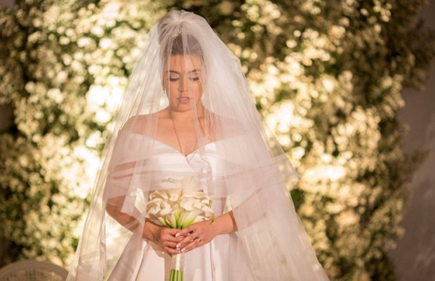 A noiva Naiara Azevedo (Foto: Reprodução/Instagram)
