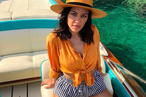 A socialite Kourtney Kardashian de férias na Itália (Foto: Instagram)