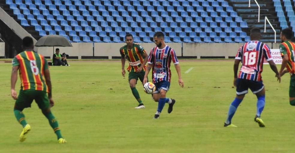Sampaio e Maranhão ainda disputam classificação — Foto: Igor Leonardo / Maranhão Atlético
