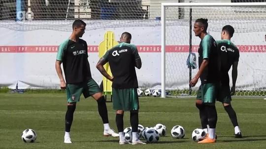 Raphael Guerreiro volta, e João Moutinho é baixa em treino de Portugal com CR7