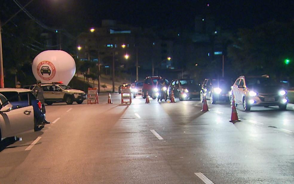 Blitz em Belo Horizonte — Foto: Reprodução/TV Globo