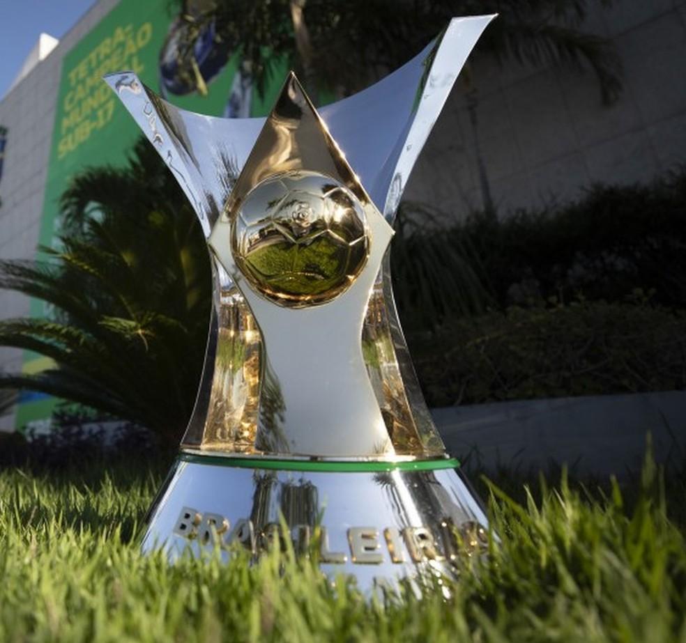 Taça de campeão brasileiro — Foto: Lucas Figueiredo/CBF