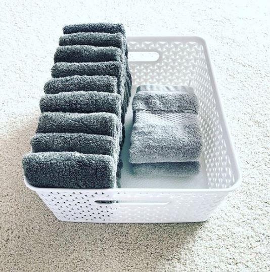 Não negligencie as roupas da casa. Mantenha controle sobre o uso de toalhas de banho, lençóis e jogos americanos (Foto: Instagram/Reprodução)