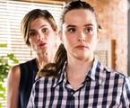 Helena (Flávia Alessandra) e Luna (Juliana Paiva) em 'Salve-se quem puder' | TV Globo