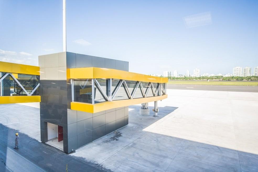 Cabine para entrada em avião no no terminal do Aeroporto de Vitória (Foto: Divulgação/Sá Cavalcante)