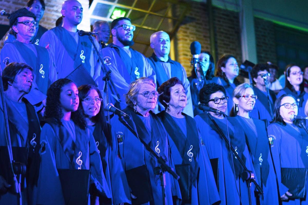 Centro de Caruaru recebe Cantata Natalina Som e Luz