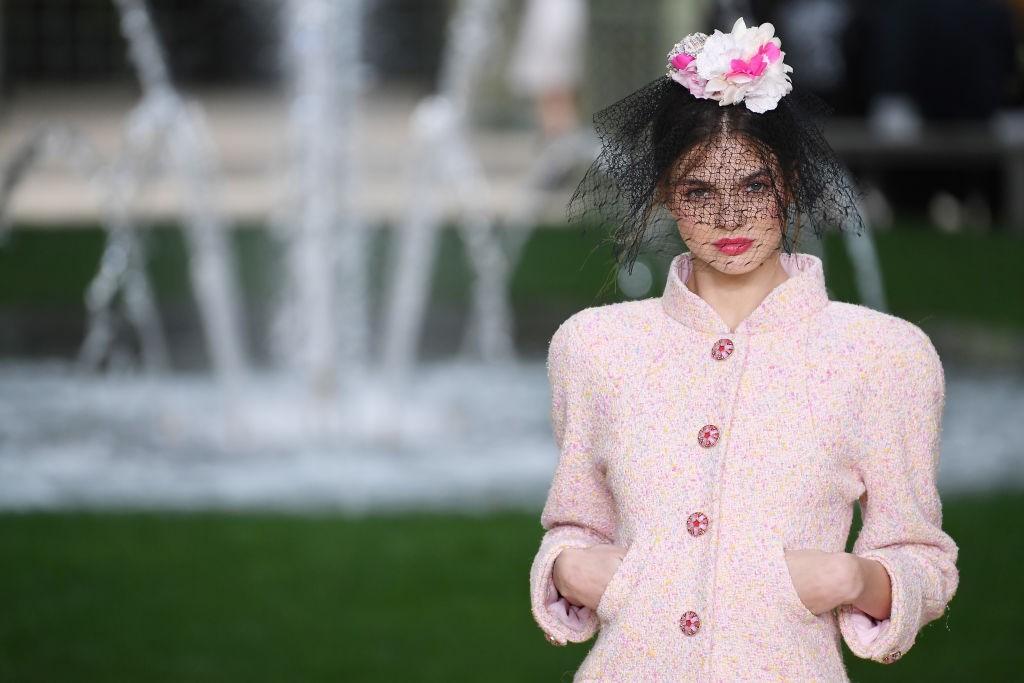 Chanel, alta-costura verão 2018 (Foto: Getty Images)