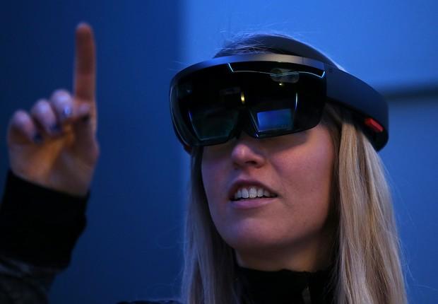 Lançar óculos de realidade aumentada é um dos objetivos da Apple para os próximos anos (Foto: Justin Sullivan/Getty Images)
