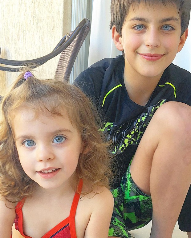 Lucas e Maria Eduarda, filhos de Henri Castelli (Foto: Reprodução/Instagram)