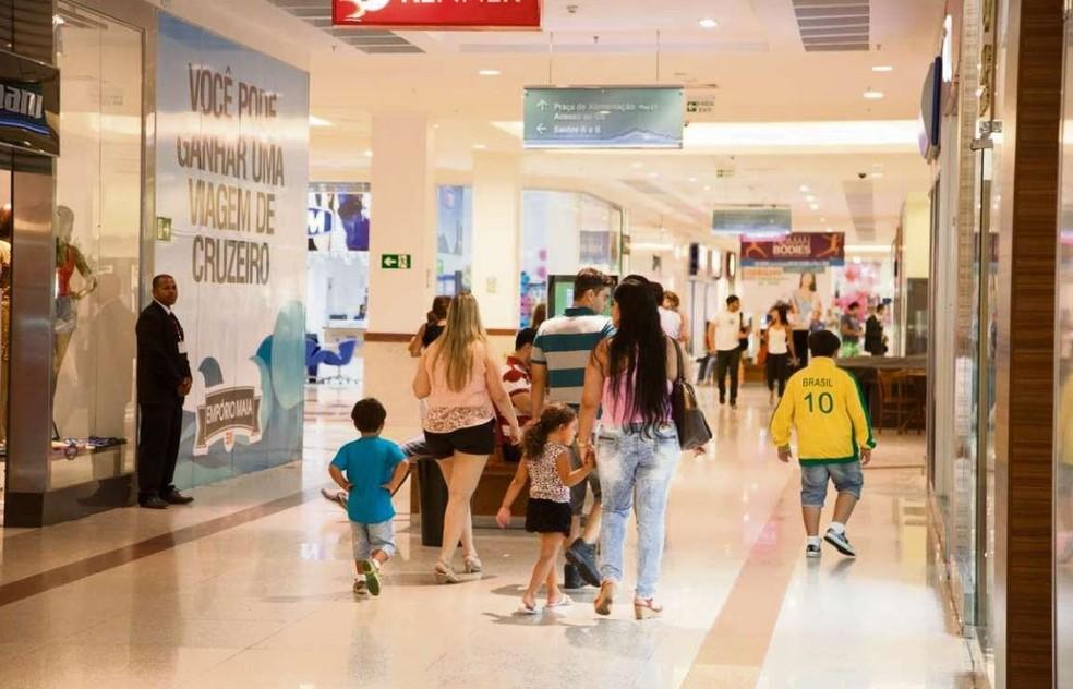 -  Lojas de shopping de Fortaleza poderão fechar durante jogos do Brasil na Copa  Foto: Arquivo/ A Gazeta