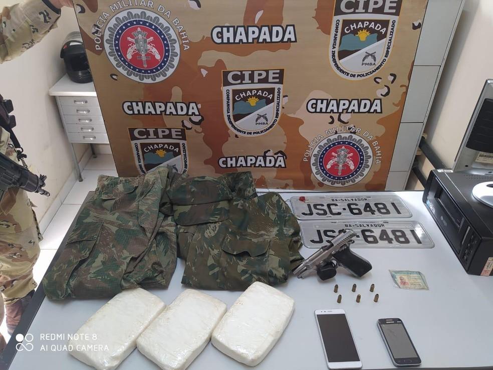 Homem suspeito de roubos a banco e tráfico de drogas morre em confronto com a polícia na Bahia — Foto: Secretaria de Segurança Pública/Divulgação