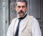 No capítulo de segunda-feira (6) de 'Nos tempos do Imperador', Tonico (Alexandre Nero) descobre o paradeiro de Pilar (Gabriela Medvedovski)   | TV Globo