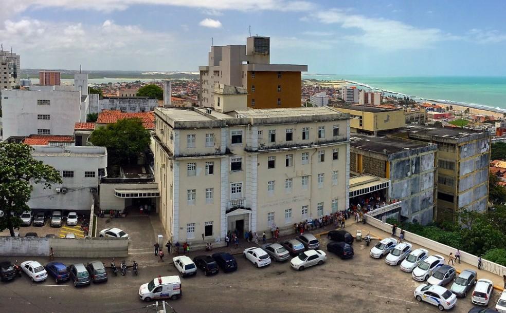 Hospital Universitário Onofre Lopes é uma das instituições com vagas abertas no concurso da Ebserh — Foto: Cícero Oliveira