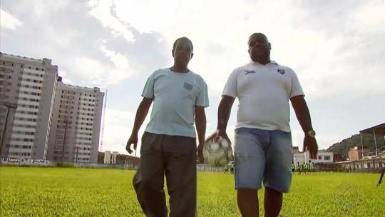 Paixão pelo futebol e pelo Tupi estreita laço entre pai e filho em Juiz de Fora