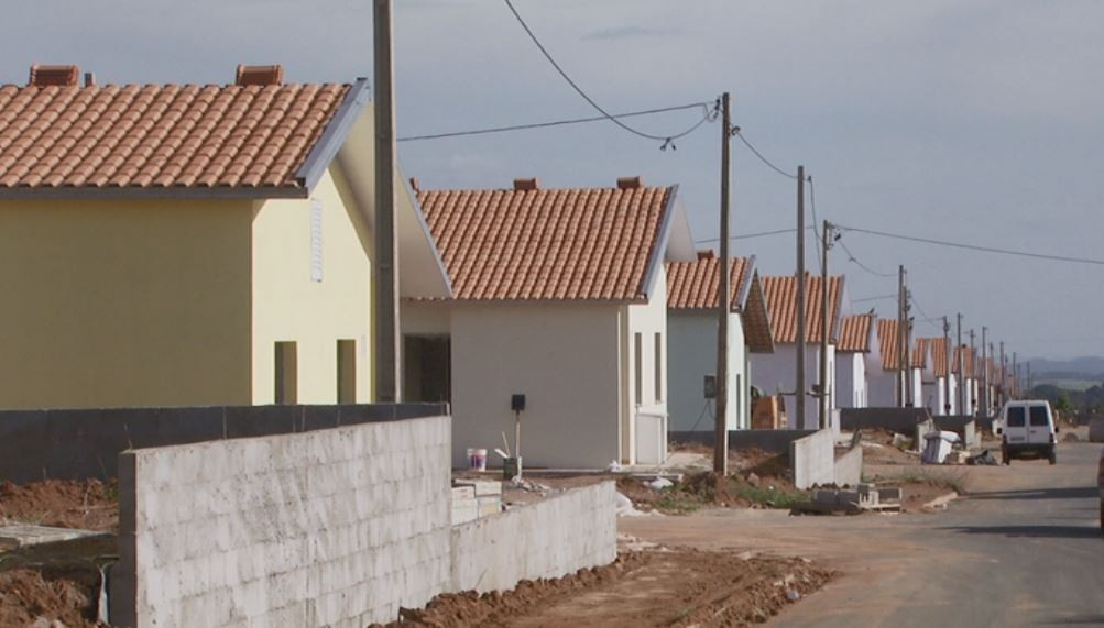 Ibaté sorteia 286 casas da CDHU entre 3,7 mil pessoas; entrega deve ocorrer em novembro - Notícias - Plantão Diário