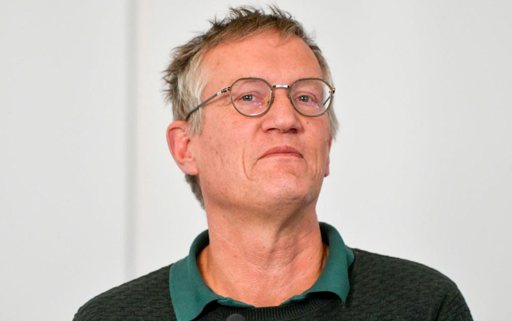 O epidemiologista-chefe do governo sueco, Anders Tegnell, participa de entrevista coletiva na quarta-feira (20), em Estocolmo — Foto:  TT News Agency/Anders Wiklund via Reuters