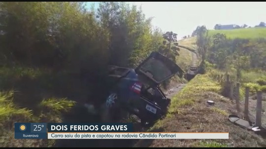 Motorista perde controle da direção, capota carro e cai dentro de valeta em Franca, SP