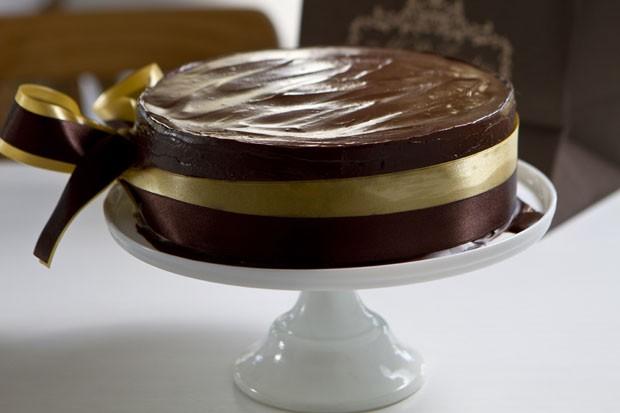 Receita: torta de chocolate amargo com doce de leite (Foto: Divulgação)