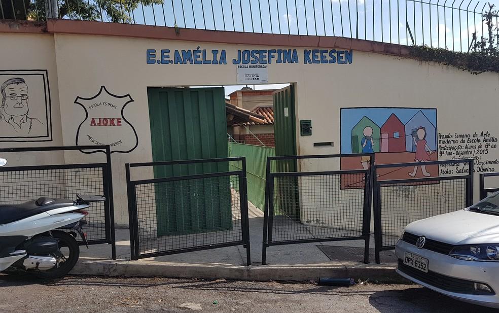 Fachada da Escola Estadual Amélia Josefina Kessen, na Região Oeste de Belo Horizonte (Foto: Flávia Cristini/G1)