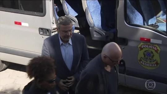 Palocci assina acordo de delação com a PF, diz jornal