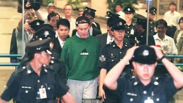 Nick Leeson levou o Barings Bank à falência em 1995, com perdas de 827 milhões de libras (Foto: Getty Images via BBC)