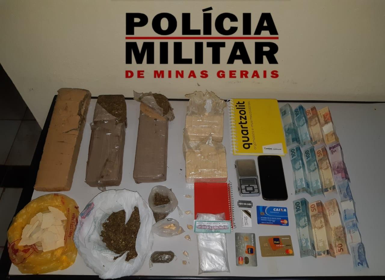 Polícia Militar apreende cocaína e maconha em casa no bairro Santo Inácio, em Montes Claros