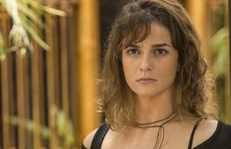 Na segunda-feira (24), Sofia (Priscila Steinman) inventará para a família que perdeu a memória, mas está relembrando de tudo TV Globo