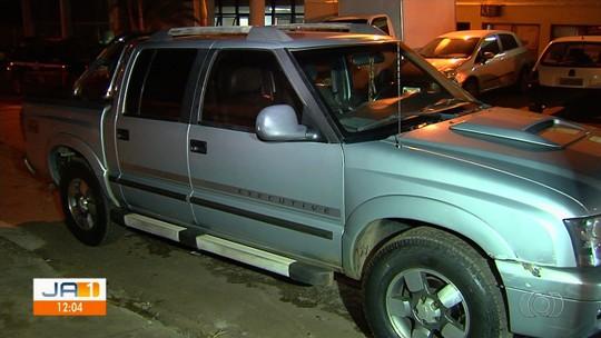 Motorista é preso suspeito dirigir bêbado, atropelar e arrastar homem por 1 km em Aparecida de Goiânia