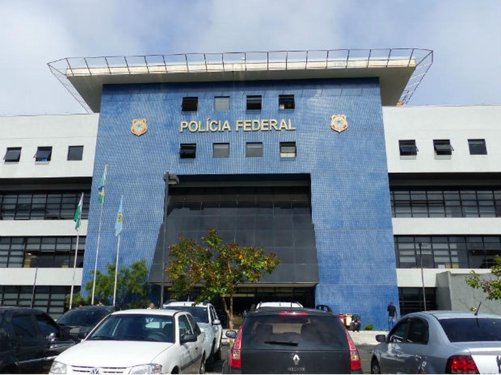 Lula vai ficar preso em sala especial na sede da Polícia Federal em Curitiba (Foto: Adriana Justi / G1)