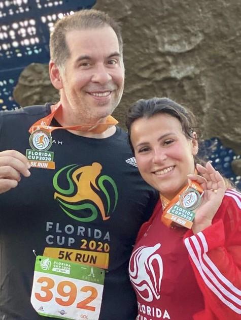 Leandro Hassum e a esposa, Karina (Foto: Reprodução/Instagram)