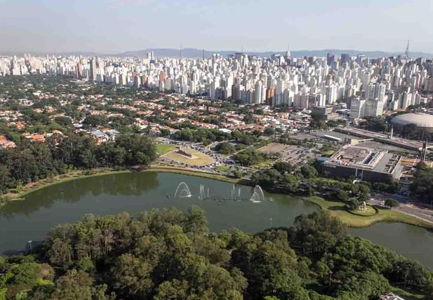 Vista Aérea do Parque Ibirapuera localizado na zona sul de São Paulo, com imóveis de metro quadrado valorizado ao lado (Foto: Caio Pimenta/SPTuris)