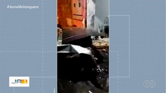 Motorista é preso suspeito de dirigir carro bêbado, invadir bar e atropelar duas pessoas, em Luziânia