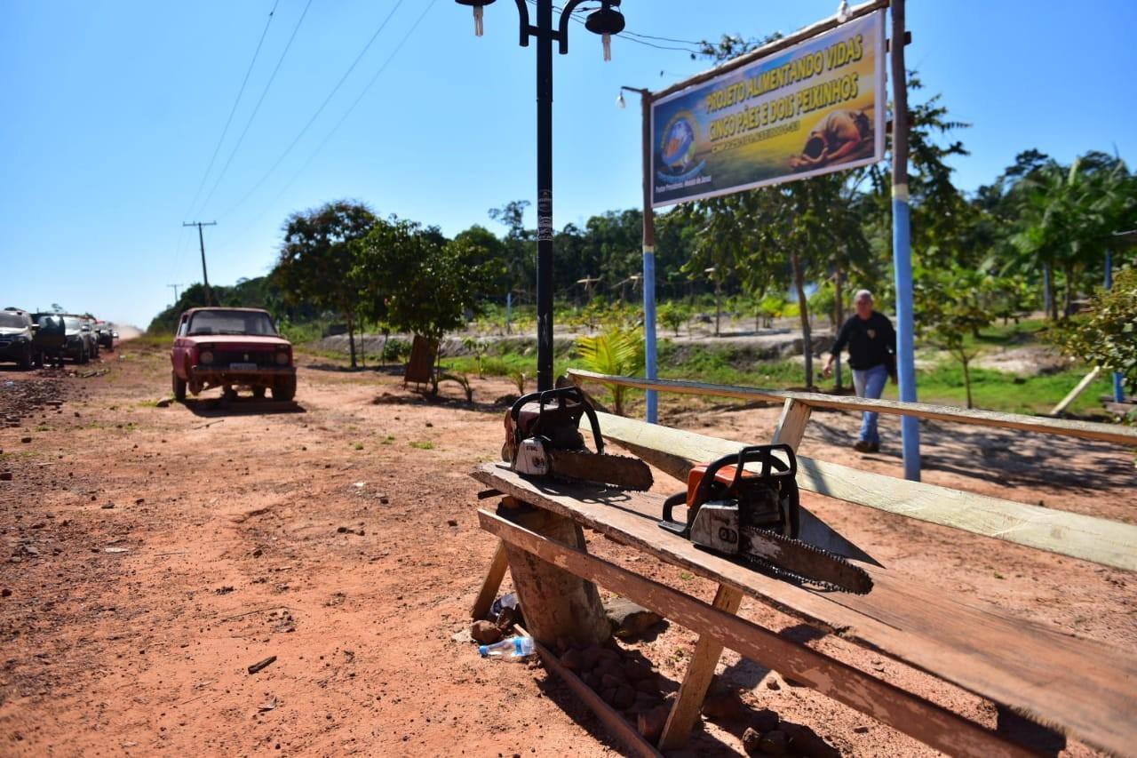 Operação desmonta ocupação ilegal em área ambientalmente protegida no Careiro Castanho, no AM - Notícias - Plantão Diário