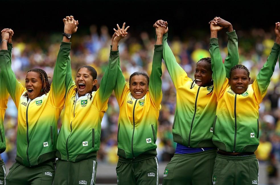 Seleção brasileira de futebol feminino no Pan de 2007 — Foto: Getty Images