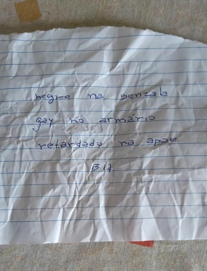 Bilhete encontrado na mochila de Maria Eduarda, de acordo com a mãe Daniela Chaves (Foto: Arquivo pessoal)