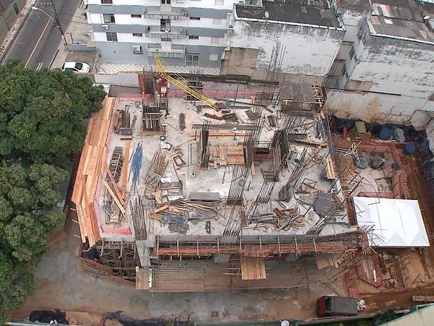 Obras do La Vue na Ladeira da Barra, em Salvador, estão suspensas (Foto: Reprodução/TV Bahia)