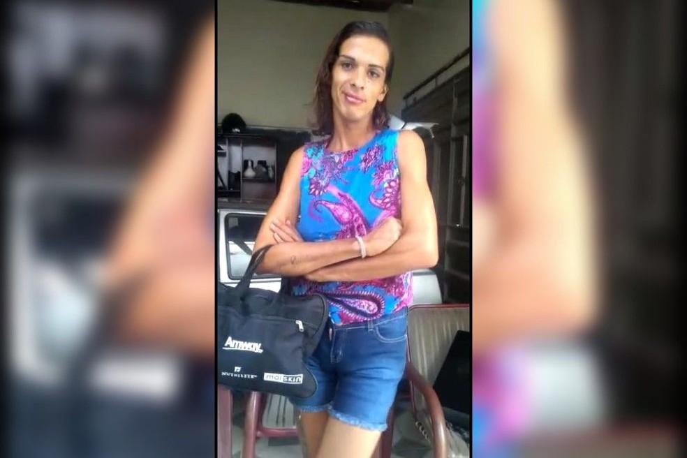 Monike Matias Chagas foi encontrada morta acorrentada em cachoeira de Missão Velha, no Ceará.  — Foto: Arquivo pessoal