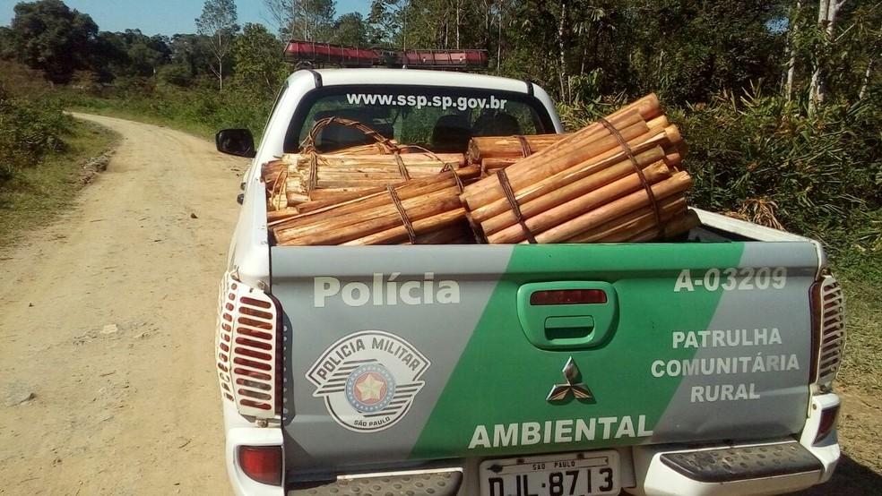 Material foi apreendido e encaminhado à delegacia da cidade (Foto: Divulgação/PMA)