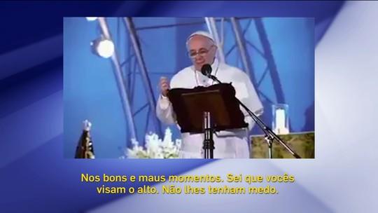 """Em meme criado por torcedores, Papa """"apoia"""" o Independiente na final da Sula"""
