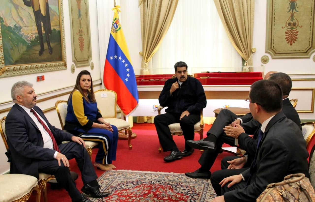 Governo de Roraima anuncia acordo para ajudar Maduro a repatriar imigrantes venezuelanos