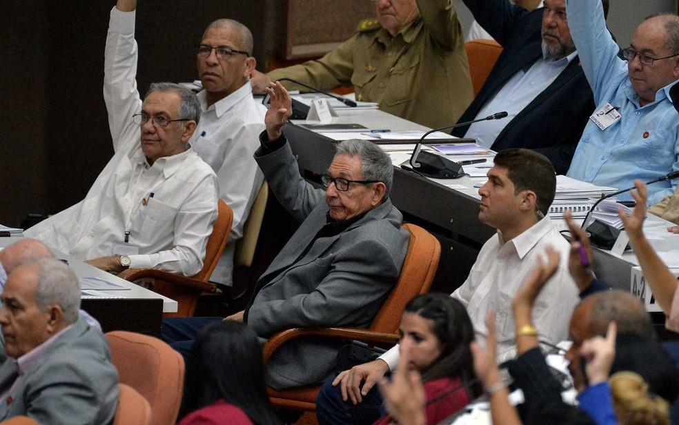 O ex-presidente de Cuba, Raúl Castro, durante Assembleia Nacional em Havana — Foto: Yamil Lage / AFP Photo