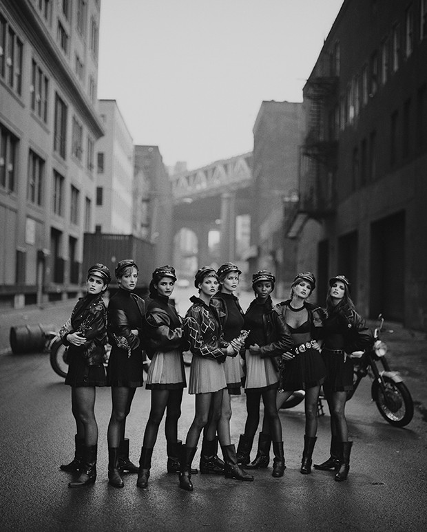 Peter Lindbergh, Wild At Heart ((Cindy Crawford,..), Brooklyn, 1991. (Foto: Peter Lindbergh Studio, Paris_Gagosian Gallery )